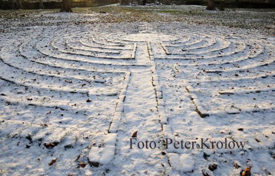 09 Labyrinth unter dem Schnee (weitere Fotos auf der nächsten Seite)