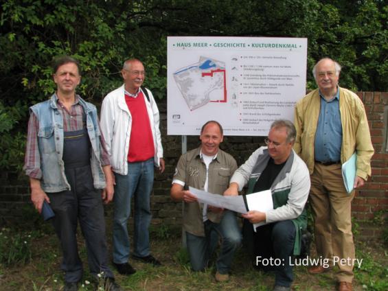 Enthüllung der Info-Tafel Ende Juli 2010 - 2