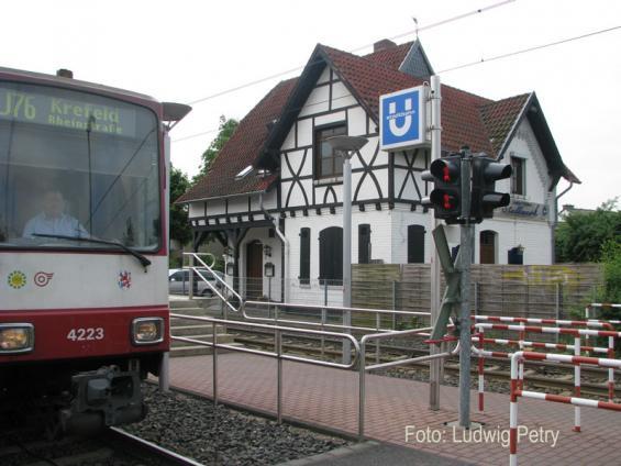 Rheinbahnstation-Hoterheide