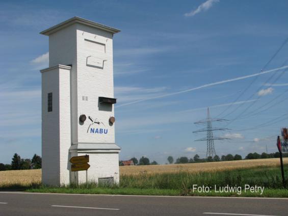 Trafostation zwischen Ossum und Bösinghoven
