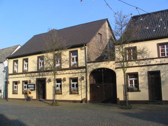 Gaststätte van Dawen, Hauptstraße 23
