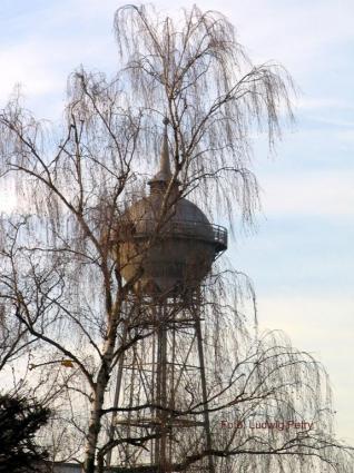 Wasserturm (vom alten Friedhof aus)