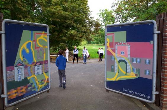 Am ToffD wird das Tor für Besucher geöffnet