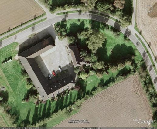 Haus Latum (Foto Google Earth)